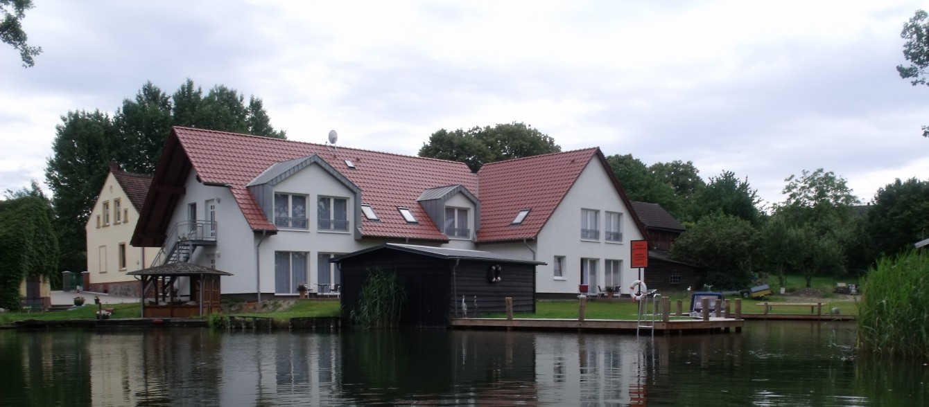 Urlaub am canower see ferienwohnungen canow for Ferien am see